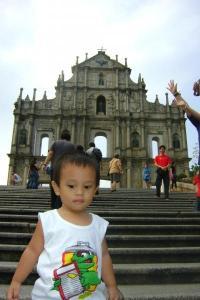 Baby Zeth @ Ruins of St. Paul.